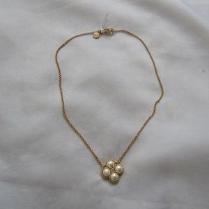 Tory Burch NWOT Rope Pearl Clover Pendant Necklace